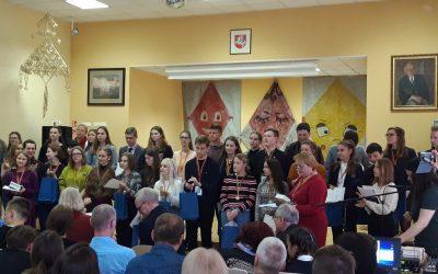 Sveikiname jaunuosius filologus!